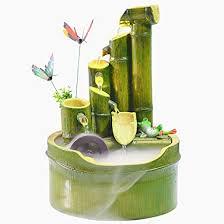 Fuente de bambú.
