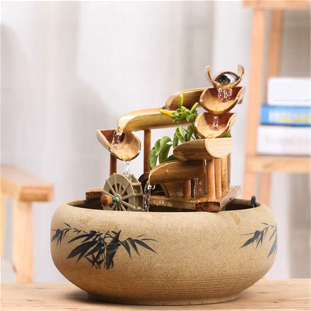 Fuente de bambú para interiores.
